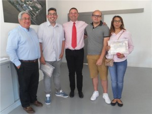 Tres alumnos de Atades inician sus prácticas en Lavanderías del Ebro.