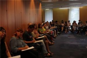 Profesionales de Cadis reciben un curso sobre acompañamiento.