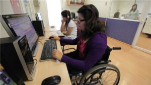 Casi 200 jóvenes con discapacidad busca empleo en Aragón.